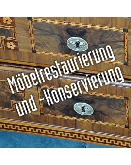 Möbelrestaurierung und -Konservierung